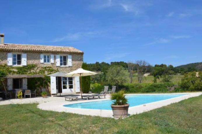 location saisonnière provence vaucluse mont ventoux luberon villa 6 personnes  région Mont Ventoux