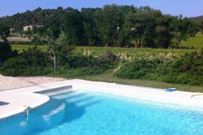 location villa de haute de gamme pour vacances entre les vignes de Visan, Enclave des Papes, Provence, Vaucluse