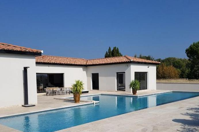 location saisonnière provence vaucluse mont ventoux luberon villa 8 personnes, piscine chauffée, climétisation