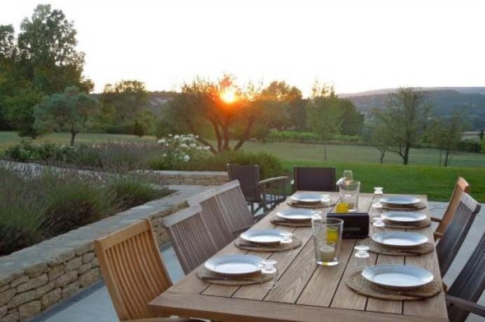 rent a luxury vacation villa in Luberon, Provence, Goult