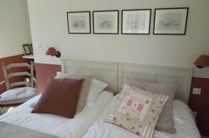 rent a vacation home in Bonnieux, Luberon, location maison de vacances Luberon, Provence