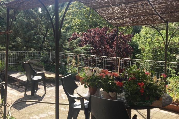 huis kopen in Provençaals dorp met vier slaapkamers  en mooie tuin