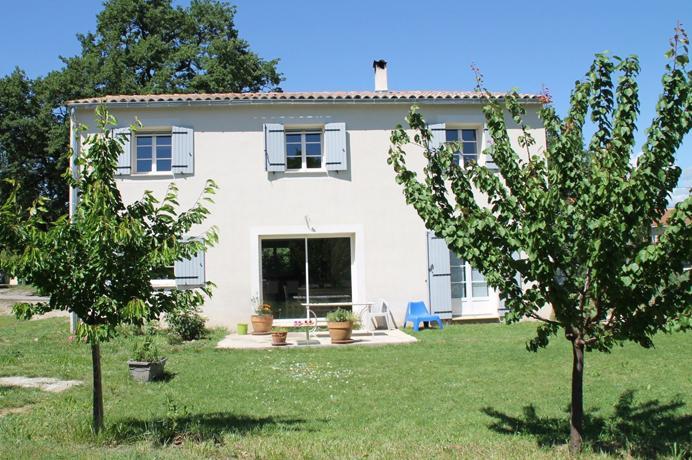 a vendre, grande villa 8 pièces, située à Vaison-la-Romaine, Mont Ventoux