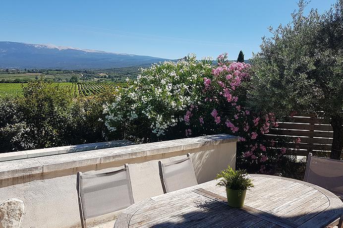 nieuwe villa kopen met prachtig zicht op de Ventoux en zwembad in Blauvac, Provence