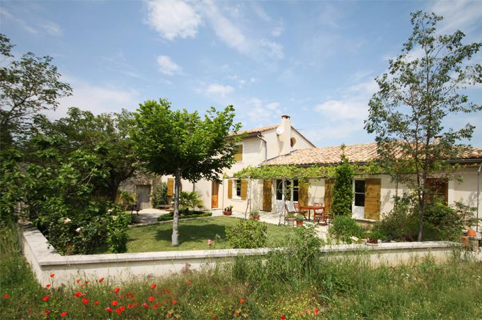 real estate agency in Provence, Pernes-les-Fontaines