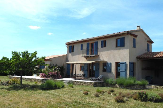 for sale: house with producing truffle yard and vineyard Côtes du Rhône
