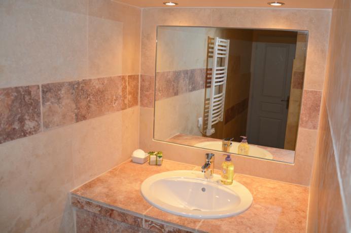 maison avec 2 salles de bains