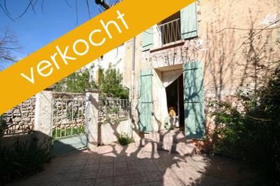 dorpshuis vastgoed kopen in de Provence met tuin bij Belgisch immokantoor