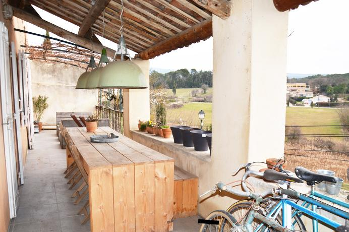 dorpswoning in Bédoin kopen aan de voet van de Mont Ventoux met groot terras en 5 slaapkamers