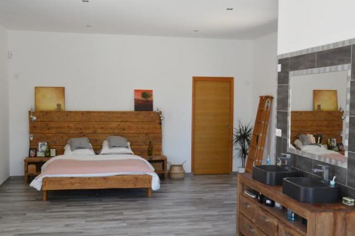 location saisonnière provence vaucluse mont ventoux luberon villa 8 personnes  région Mont Ventoux