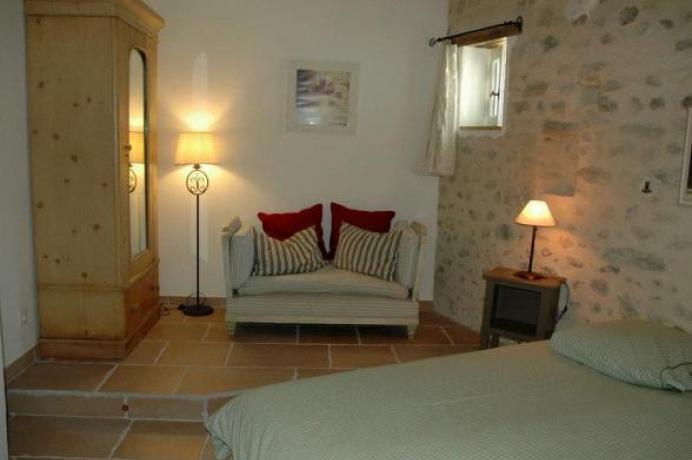 location saisonnière, maison de vacances pour toute la famille, piscine chauffée, clime, 5 chambres