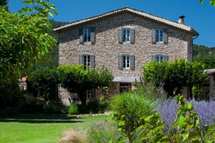 location saisonnière provence vaucluse mont ventoux luberon villa 10 personnes  région Mont Ventoux, piscine chauffée