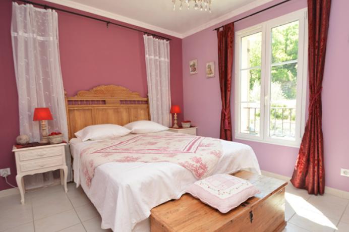 villa pour 10 personnes avec 4 chambres à louer à Buisson (Vaucluse)
