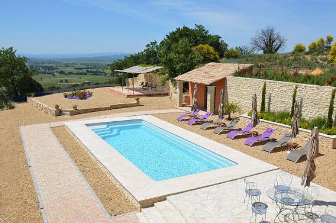 vakantiehuis huren met groot verwarmd zwembad in de Provence