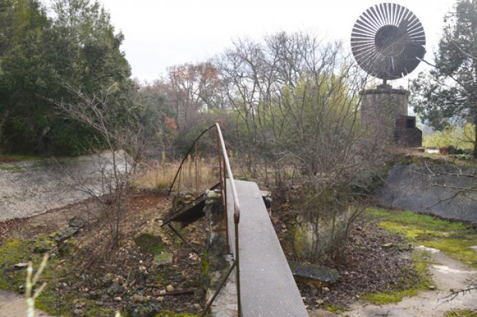 investeren vastgoed Provence, Luberon, grote villa kopen zeer grote tuin van 3 ha kopen