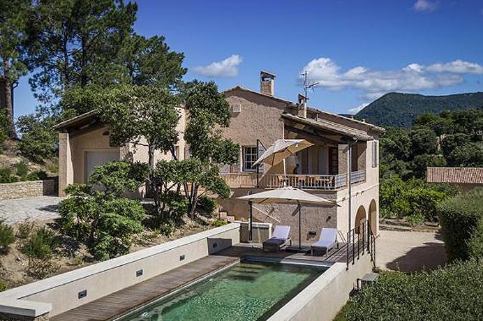 huis kopen met zwembad en studio in Provençaals dorp met tuin en rustig gelegen met zicht op de Mont Ventoux