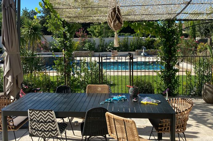 investeringsproject kopen in de Provence villa met studio's te koop voor vakantieverhuur, for sale luxury villa in Provence, Mont Ventoux