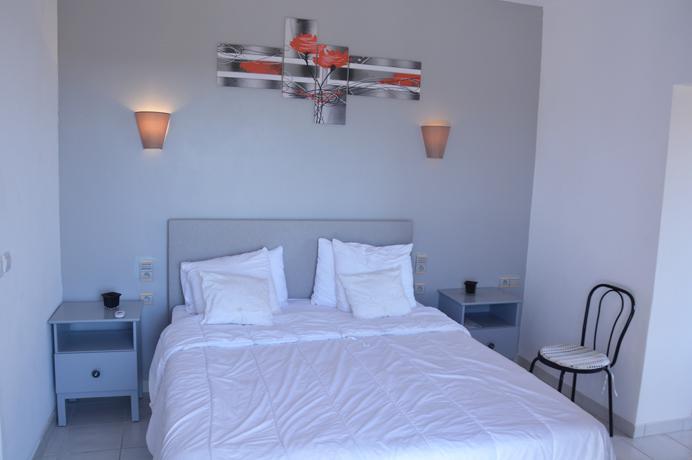 modern huis kopen in de Provence, onmiddellijk instapklaar met verwarmd zwembad en buitenkeuken