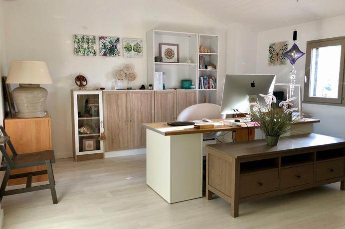 luxe nieuwbouw huis kopen met zwembad en prachtig uitzicht in de Provence bij een erkend Belgisch makelaar