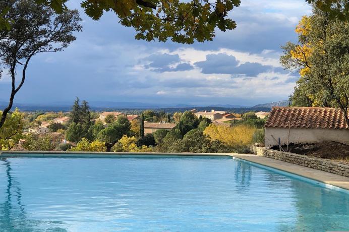 Ventoux Immo Provence, nieuwbouw villa kopen met prachtige tuin, zwembad bouwgrond en mooi zicht