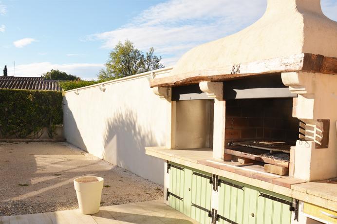 huis kopen aan de Mont Ventoux  in de Provence met zwembad, veranda en garage