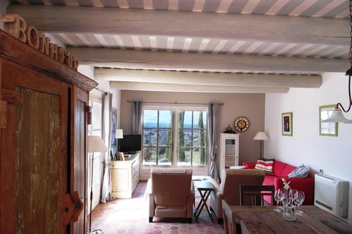 Provençaalse bastide met zwembad kopen in de Provence bij een erkend Belgisch makelaar
