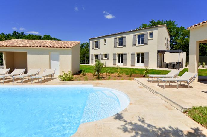 real estate ventoux immo provence south of france for sale mas uzes, 8 bedrooms, 6 bathrooms, swimming pool, 2 poolhouses