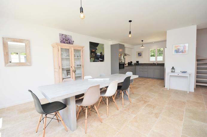luxe villa met kwalitatief zeer hoogstaande materialen kopen, nieuwbouw te koop in Uzès, Gard, Zuid-Frankrijk