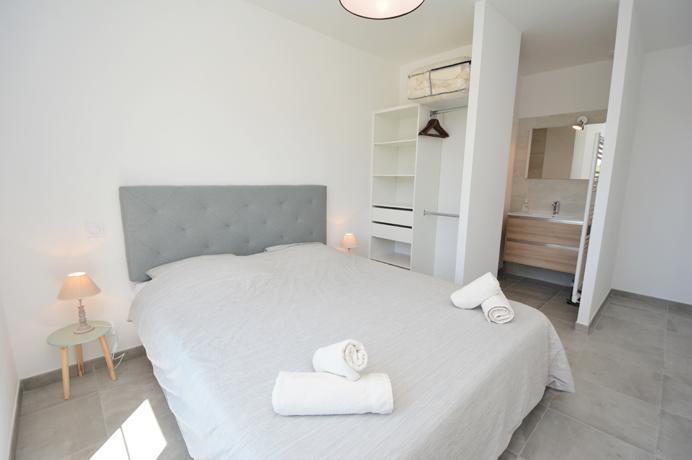 2 grote luxe villa's kopen voor vakantieverhuur, gîtes, chambres d'hôtes, investeringsproject in Zuid-Frankrijk