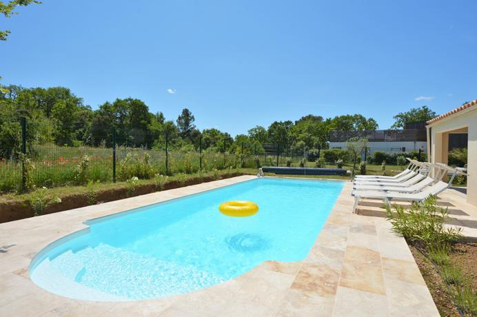 real estate ventoux immo provence south of france for sale luxury villa uzes, 8 bedrooms, 6 bathrooms, swimming pool, 2 poolhouses
