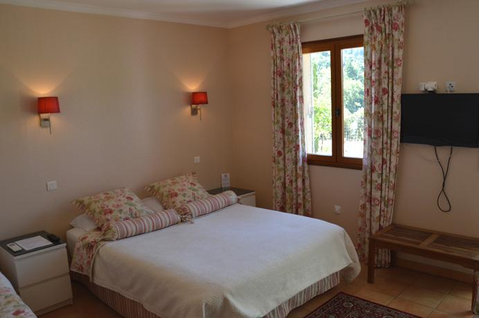 starting a BnB in the south of France buy house with guest rooms
