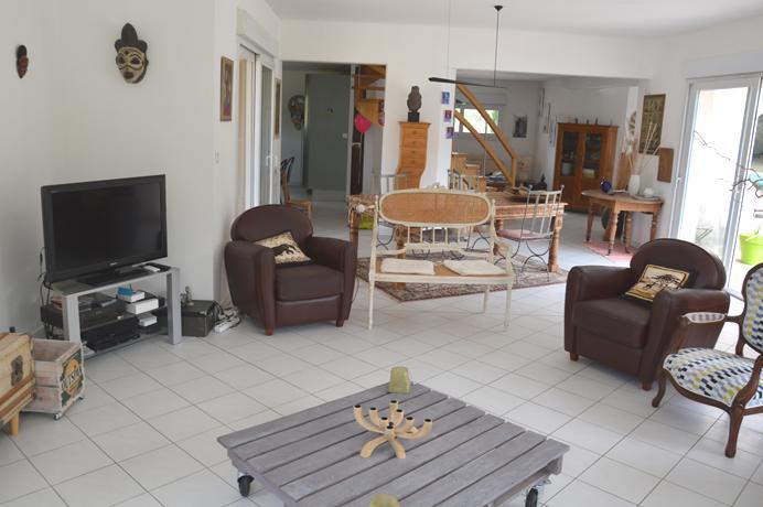 à vendre belle villa haut de gamme région Carpentras quartier prisé
