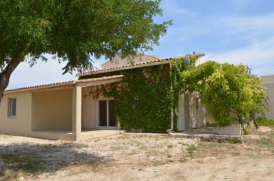 huisje kopen in Zuid-Frankrijk met tuin, rustig gelegen op wandelafstand van het dorp