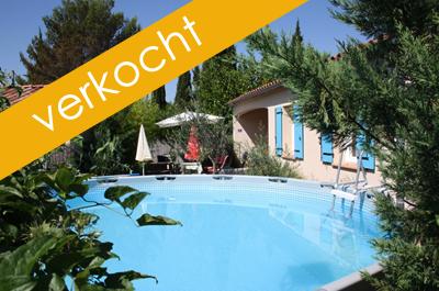 huis kopen met tuintje aan scherpe prijs, volledig bemeubeld en met zwembad in de Provence aan de voet van de Mont Ventoux