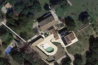 grote villa met zwembad en poolhouse kopen, samen met een mas en bouwgrond  in de Provence aan de Mont Ventoux
