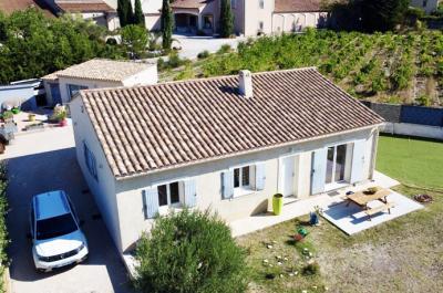 moderne villa kopen met aparte gîte in Zuid-Frankrijk, Provence met mooi uitzicht op de wijngaarden en de Dentelles de Montmirail
